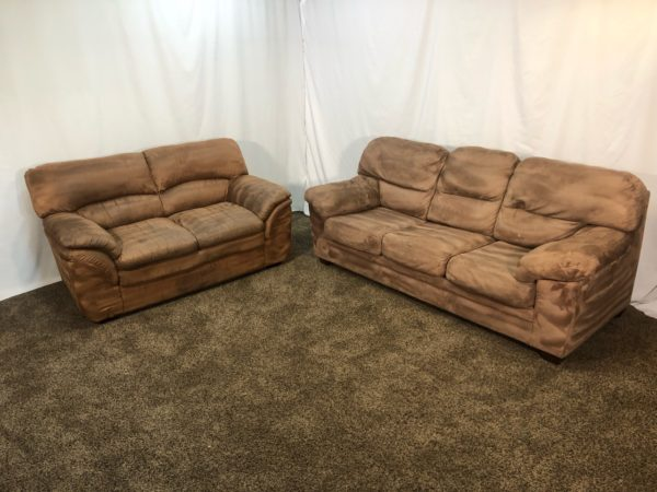 1619 Professionally Cleaned Slightly Mismatching Brown Microfiber Sofa And Loveseat Set